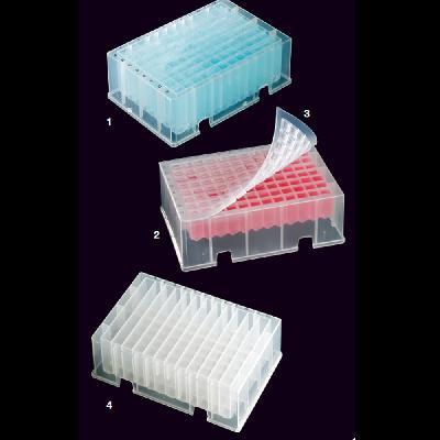 Plaques de 96 pouets quadrats o 12 canals rectangulars