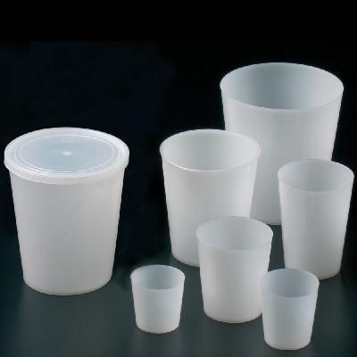 Polyethylene beakers
