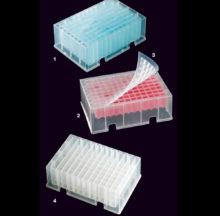 Plaques à 96 puits carrés ou 12 canaux rectangulaires