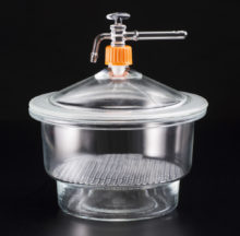 Glass dessicator