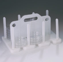 Moulded 90 or 100 mm Petri dish rack