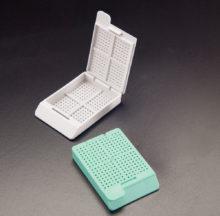 Cassettes for biopsy. Swingsette