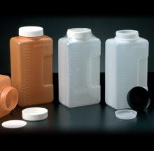 Flacons cylindriques avec graduation jusqu'à 2 litres avec anse